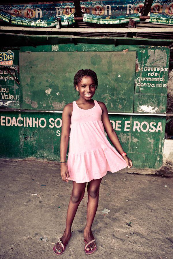 Esterela da Favela help